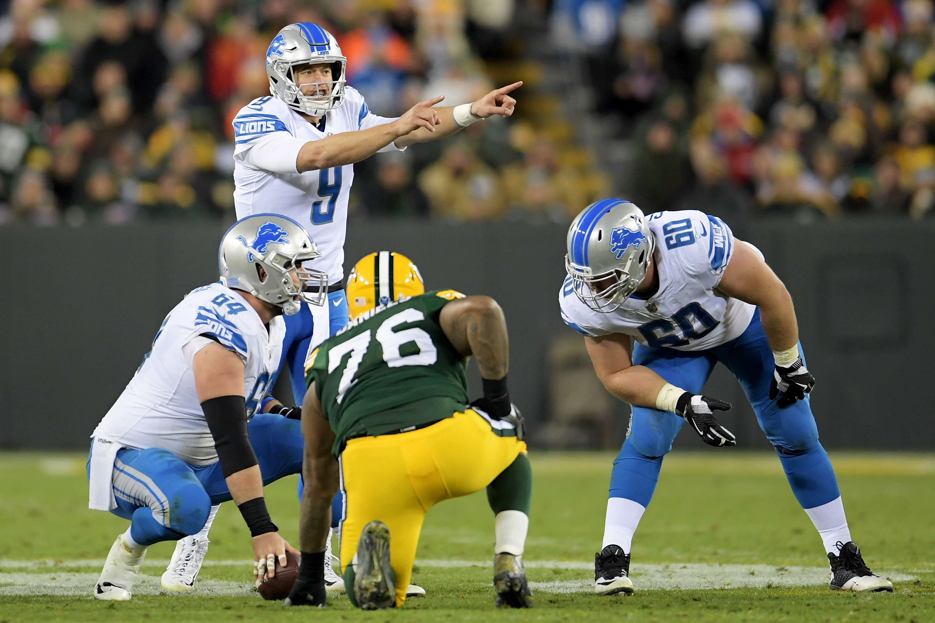 Stafford throws 3 TDs as Lions beat winless Browns